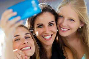 Veneers in Federal Way can permanently fix your smile.